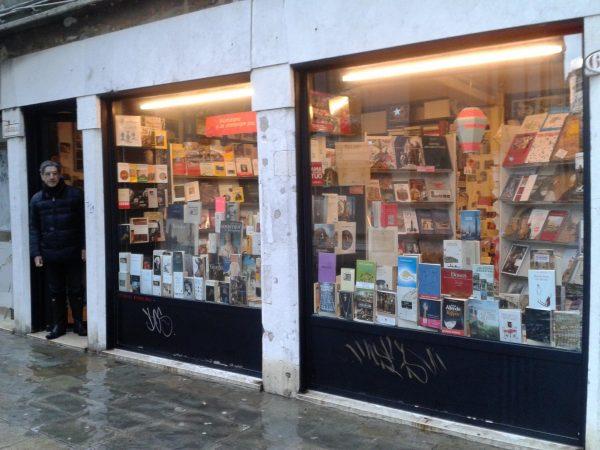 Carnet de voyages, Librairie française de Venise
