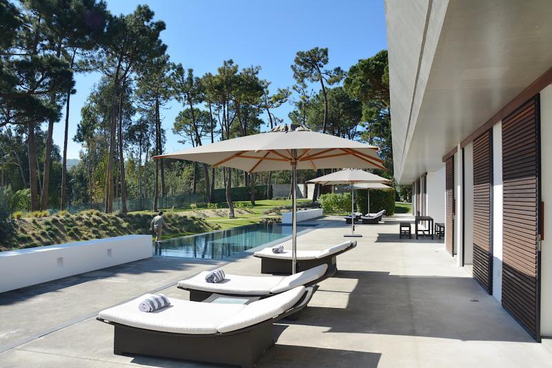 Portugal lisbonne sintra rebecca location maison charme for Location lisbonne avec piscine