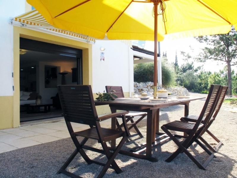 portugal lisbonne sesimbra andrea location maison. Black Bedroom Furniture Sets. Home Design Ideas