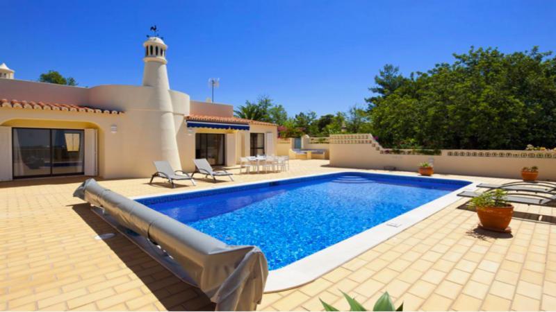 Portugal algarve carvoeiro miracema location maison - Location maison portugal piscine ...