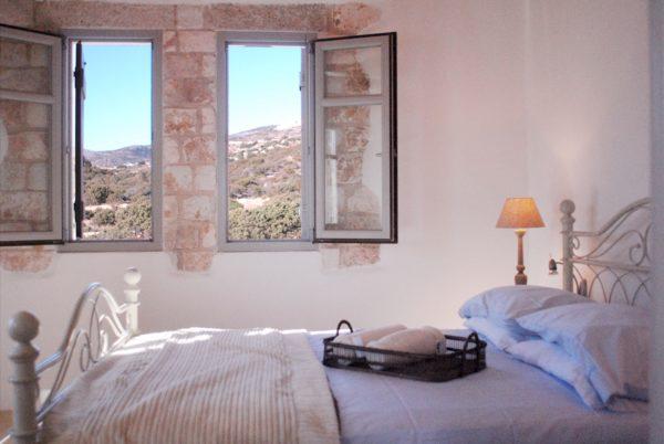 Halina - Grèce - Cyclades, Paros - Onoliving