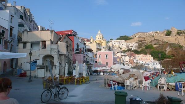 Procida, Carnet de voyages Italie - Onoliving