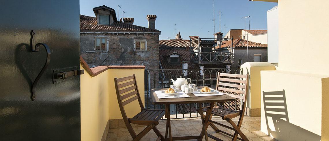 Location de maison, Ernesto Terrasse Onoliving, Location de maison, Italie, Vénétie - Venise - San Polo