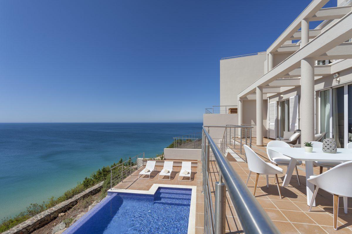 portugal algarve salema villa vania location maison charme onoliving. Black Bedroom Furniture Sets. Home Design Ideas
