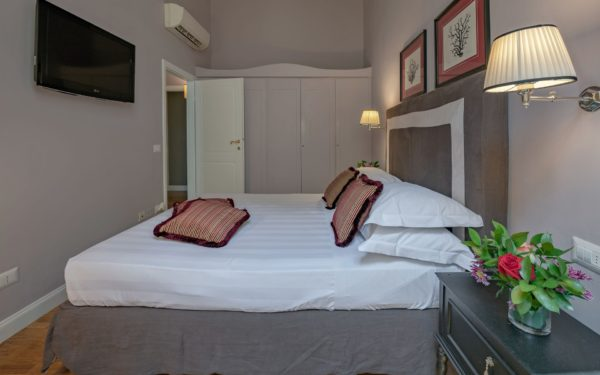 Toscane, Florence centre - Barnabe Apt 3 - Location Maison de Vacances - Onoliving