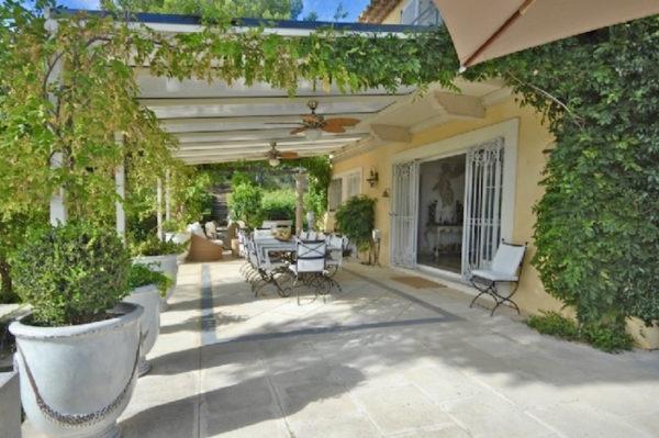 Location Maison de Vacances-Mas Angelo-Onoliving-Côte d'Azur- Gassin-France