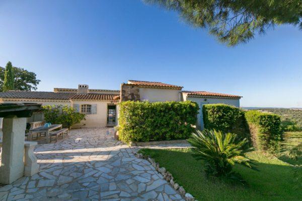 Location Maison de Vacances - Villa Harry - Onoliving - Côte d'Azur - Saint-Tropez - France