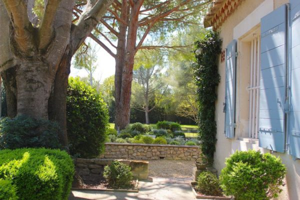 Location Maison de Vacances-Mas Henriette- Onoliving-Provence-Boulbon-France